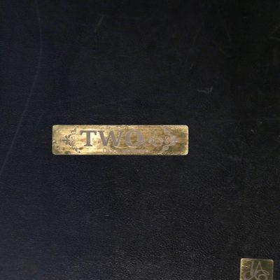 آلبوم کاغذ دیواری توو Two